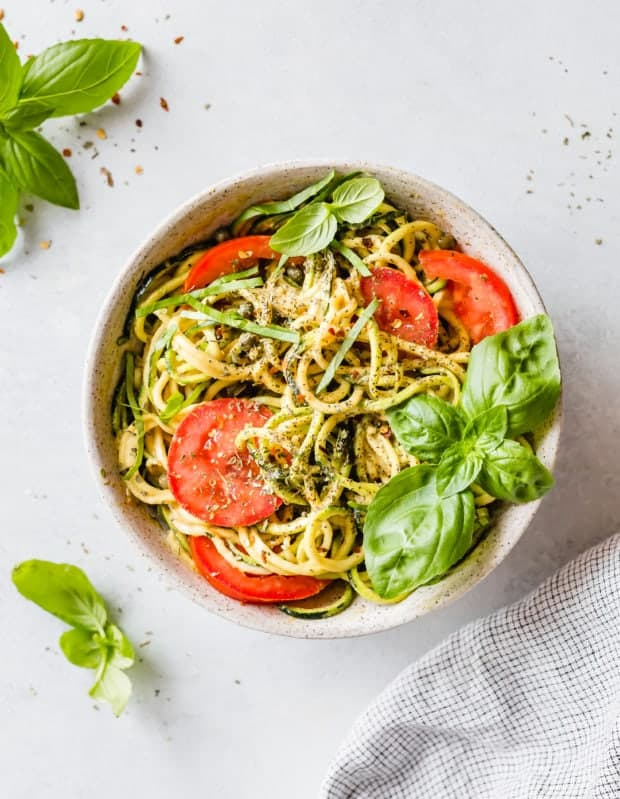 5-Minute Cheesy Zucchetti Bowl is the perfect zucchini noodles recipe! It's a fun and delicious way to eat your veggies! This delicious gluten free bowl is low carb too!