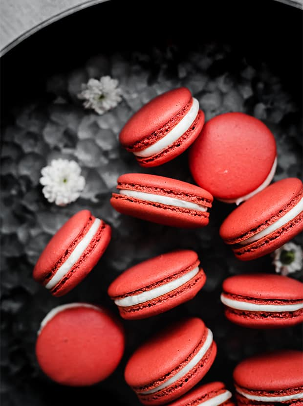 Red Velvet Macarons Salt Baker