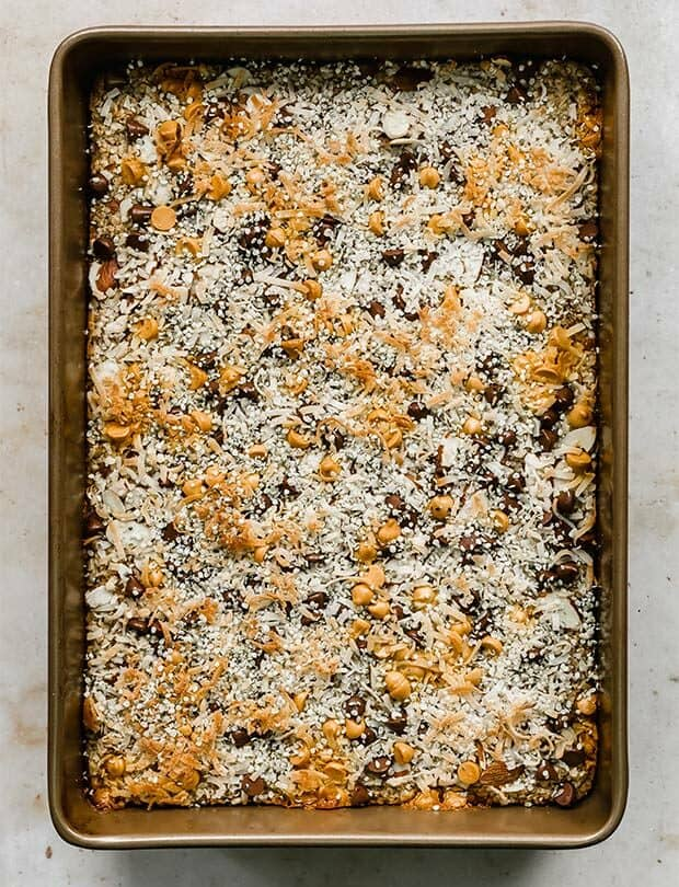 Overhead photo of a Breakfast Baked Oatmeal Cake.